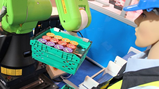 Collaborative robots at the food packing unit.